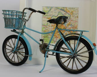 Bicycle Model, Ladies Bicycle, Vintage Model Bicycle, Wedding Gift, Travel Lovers Gift, Front Bike Baskets, Gift for Walkers, Cycling