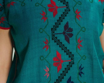 Traditional Mexican blouse Purépecha / Huanengo p ' urhépecha/blouse embroidered in cross
