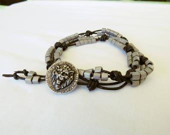 Leather bracelet for men lion head bracelet 2 turns gray, leather button lion bracelet leather bracelet beads