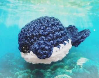 Little Wale Amigurumi, crocheted animal, keychain