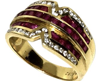 18k Yellow gold ring with diamond and ruby