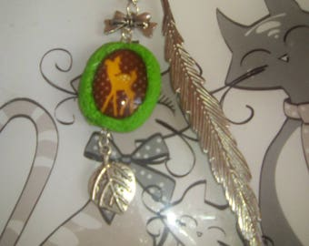 Nature bookmark with charm leaf