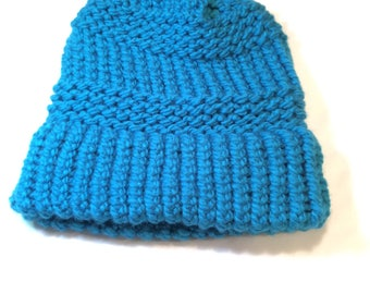 turquoise knit hat/ beanie