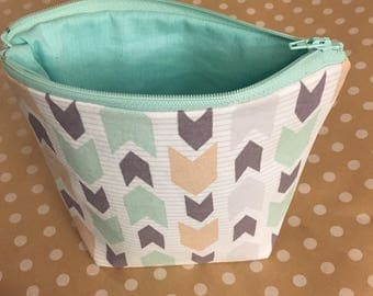 Teal Gray and Tan Arrow Zippered Bag