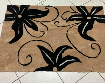 Luxury sheepskin Mat Brown and black color with Flowers  . Luxury Sheepskin Rug