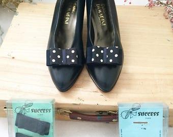 Zapatos vintage con lazos intercambiables
