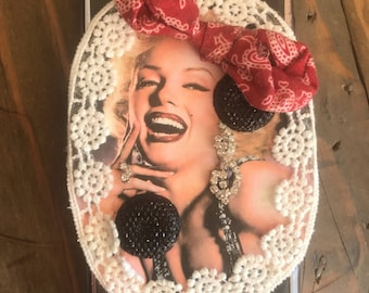Marilyn Monroe/ diamonds are a girls best friend/diamonds are forever/one of a kind/iPhones 7/custom made/phone case