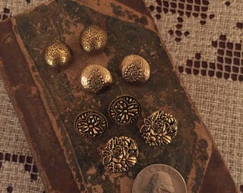 Vintage Buttons - Assorted Antique Gold Buttons Set of 8