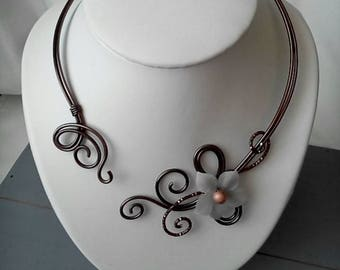 Necklace chocolate brown aluminum wire