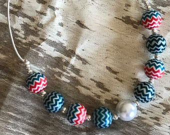 USA Chevron     Teal - Red - White - Patriotic - Chunky Bubblegum Bead Neacklace - 4th of July