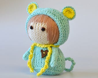 "Knitted toy ""Mint Mouse"""