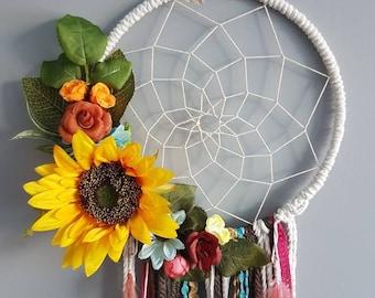 70s dreamcatcher, sunflower dream catcher, dream catcher, hanging flowers, large dreamcatcher, floral wall hanging, bohemian,