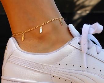 Dainty Gold Anklet / Gold Leaf Anklet / Ankle Bracelet / Dainty Anklet / Dainty Drop Anklet / Gift Idea / Bridesmaid Gift