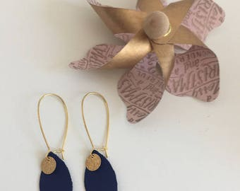 Blue and gold dangling earrings