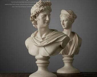 Roman goddess table top statue