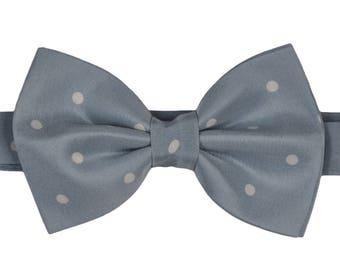 Silk Polka Dots Bow Tie Blue