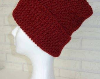 Beanie winter hat in Bordeaux