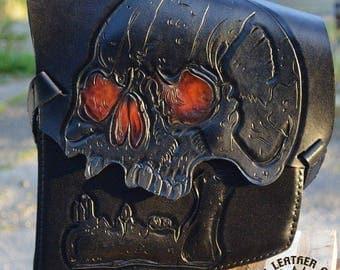 """Custom Leather Saddlebag """"Skull"""" for Choppers / Harley Davidson"""