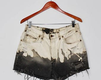 Levi's-Black-High Rise-Dip Dyed-Cut Off-Distressed-Shorts