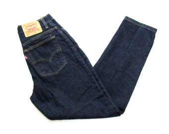 Vintage 1990s LEVI'S 550 Jeans ~ measure 28.5 x 29.5 ~ Relaxed Fit / Tapered / High Waisted ~ Mom Jeans ~ size 10 ~ 28 29 Waist