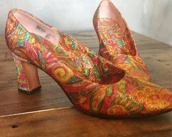 Vintage Vernese pumps, silk shoes, shimmer fabric shoes,60's- 50's  vintage, colorful heels,  shimmer, real vintage, stylish pupms, ladies
