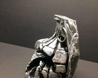 Paperweight Grenade skull