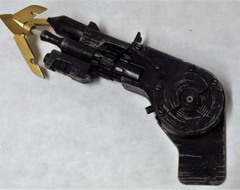Batman Speargun 1989 Prop 1/1 Scale Real Size Weathered