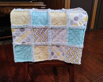 baby rag quilt - gender neutral - crib baby blanket - Handmade