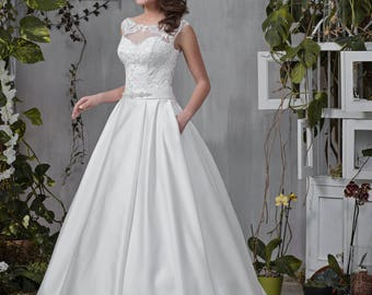 Wedding dress elegant plain heart tapestry beadwork wedding dress wedding dress MARTINA