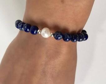 Lapis Lazuli and fresh water pearls bracelet