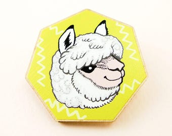 Alpaca pin, llama pin, alpaca jewelry, alpaca art, animal jewelry, alpaca gift, cute alpaca, cute llama, llama jewelry, wooden pin