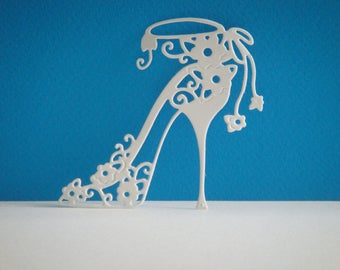 Cut shoe heel with small flowers white vinyl