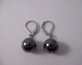 Earrings black Hematite mounted on stainless steel sleepers.