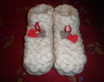 slippers in pure wool sheep the paws for children