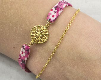 Water lily bracelet - Romantic Bracelet with liberty pink