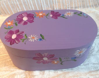 Oval wooden jewelry box handpainted floral decoration