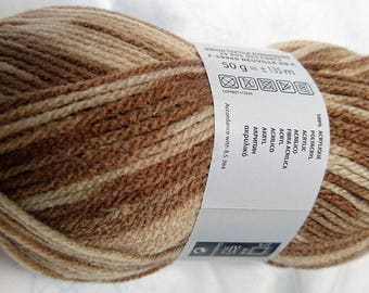 10 balls of yarn changing / 319 / French brand
