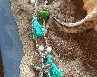 Green Beach style necklace