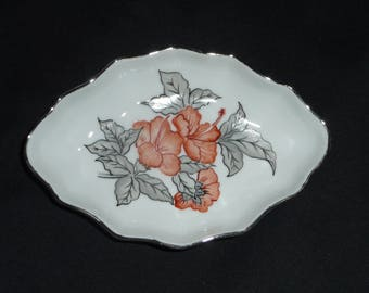 Tray, porcelain dish painted handmade, oval, scalloped, red hibiscus and gray foliage pattern