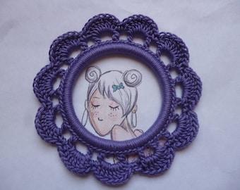 Round frame in purple color cotton crochet, handmade
