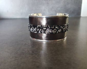 cuff leather & Swarovski