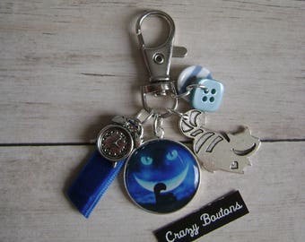 Alice's cat key chain