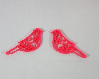 Embellishments/applique/subjects birds fuchsia felt