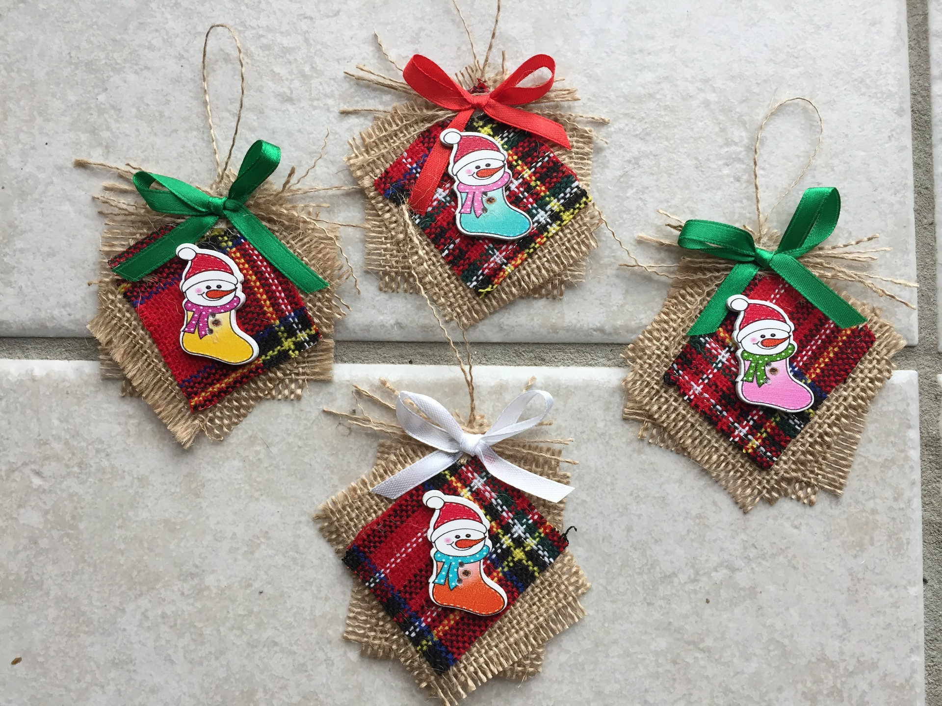 Lot de 4d coration suspendre au sapin de noel fait main for Decoration de noel fait main