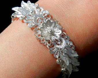 Flower and Butterfly pattern 999 sterling silver bracelet