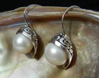 Sterling Silver 925 flower fresh water cultured pearl earrings