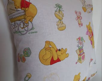 Winnie the Pooh pillow cover / 40x40cm/child/children decoration gift
