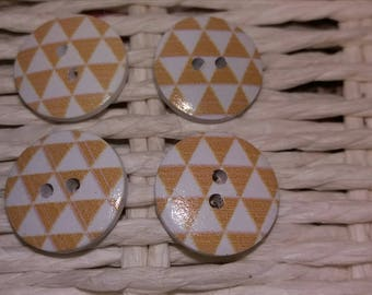 set of 4 buttons wooden triangle design