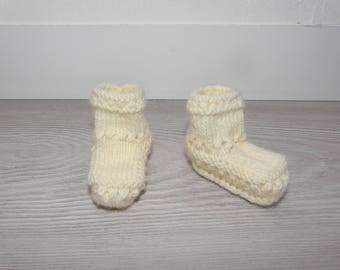 Prema-0-1 month - chick - knitted baby booties hand - birth gift