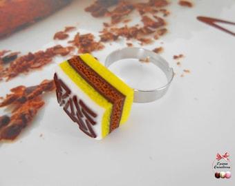 Neapolitan Adjustable ring